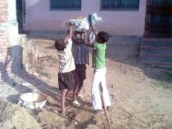 बनारस के बच्चों से शिमला में करा रहे थे बंधुआ मजदूरी