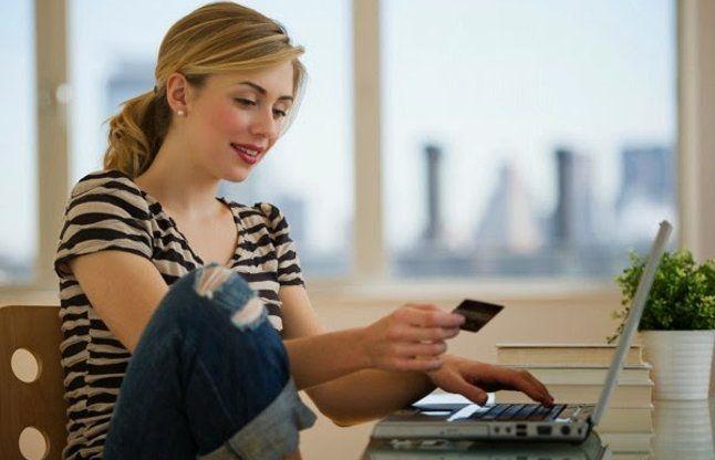युवा लड़कियों को ऑनलाइन शॉपिंग में ध्यान रखनी चाहिए ये 4 बातें
