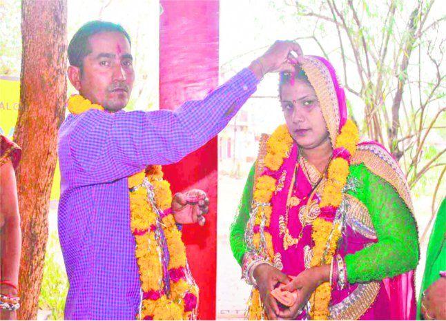 दलालों ने कराई शादी, 24 घंटे में ही लाखों का चूना लगाकर भागी दुल्हन