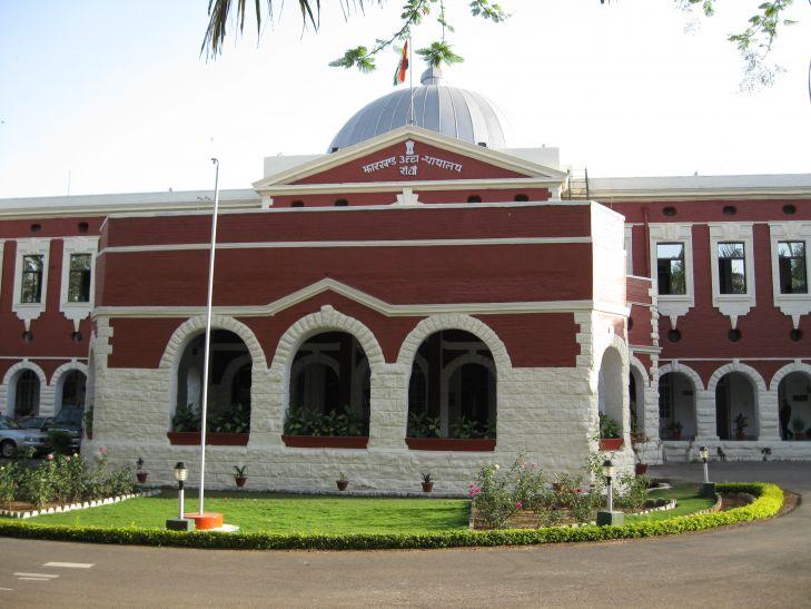 गोड्डा खदान हादसा: झारखंड हाईकोर्ट ने कहा सुरक्षा में चूक, 8 मार्च तक दें रिपोर्ट