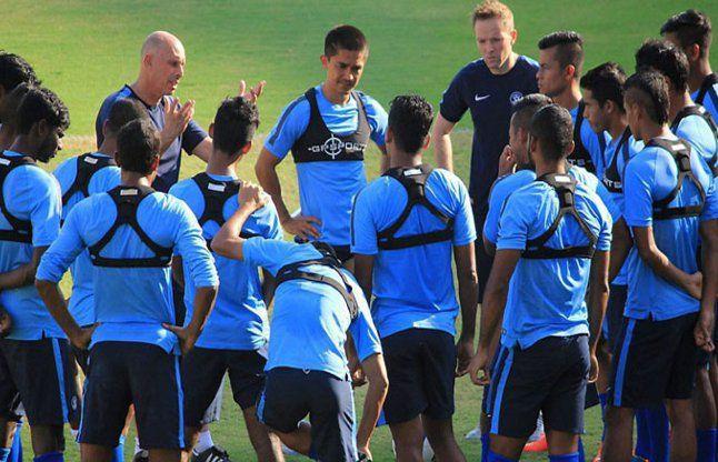 भारतीय फुटबॉल टीम यंगून पहुंची