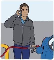 पेट्रोल भरवाते समय आप भी मोबाइल का उपयोग करते हैं तो देंखे ये वीडियो