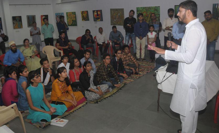 जानिए नेल आर्टिस्ट वाजिद खान ने यंगस्टर्स को क्या दिए टिप्स