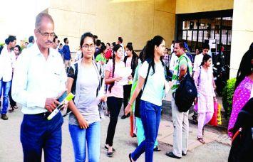 CLAT -2016: अब देश के 'कानून' में लड़कियों का बढ़ा रुझान