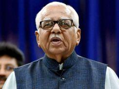 जब राज्यपाल राम नाईक ने कहा..पटरी से उतरी कानून व्यवस्था कब ठीक होगी एसएसपी साहब !