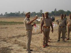 आजमगढ में पुलिस को दी गई दंगा नियंत्रण की ट्रेनिंग