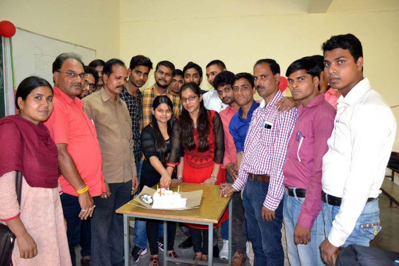 जौनपुर में हिंदी पत्रकारिता दिवस मनााया गया