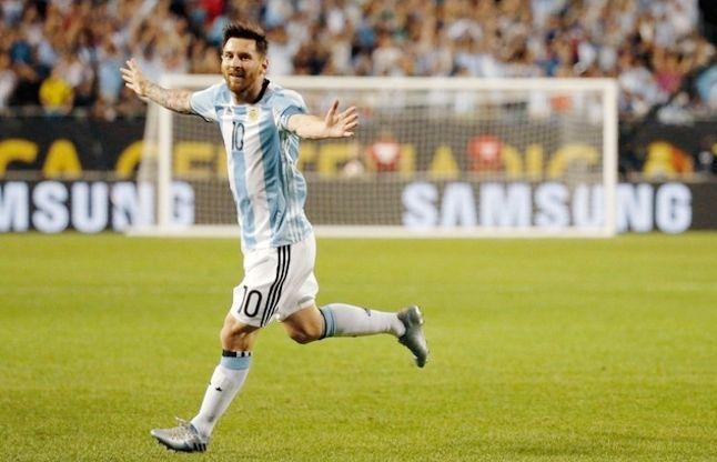चोट के बाद लौटेमेस्सीने किया कमाल, हैट्रिक लगाकर दिलाई अर्जेंटीना को अहम जीत