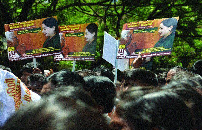 राजीव गांधी के हत्यारों को रिहा कराने की मांग