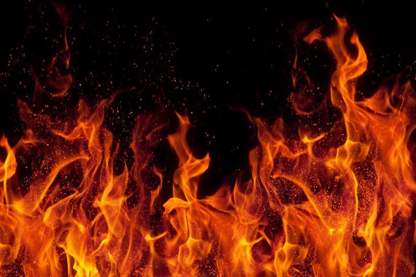हिमाचल: फोटो लैब में अचानक भड़क गई आग, लाखों का नुक्सान