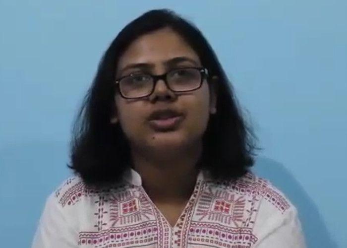 सीतापुर की नव्या ने तीन साल में खड़ी की करोड़ों की कंपनी