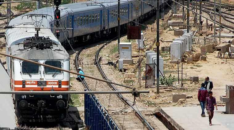 सवाल: पहली शताब्दी ट्रेन किस स्टेशन पर सबसे पहले पहुंची थी? पढ़ें ये रोचक FACT