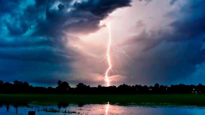 Image result for आसमानी बिजली