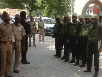 आजमगढ़ में फिर माहौल बिगाड़ने की साजिश, ईद की खरीददारी करने जा रहे युवकों पर हमला