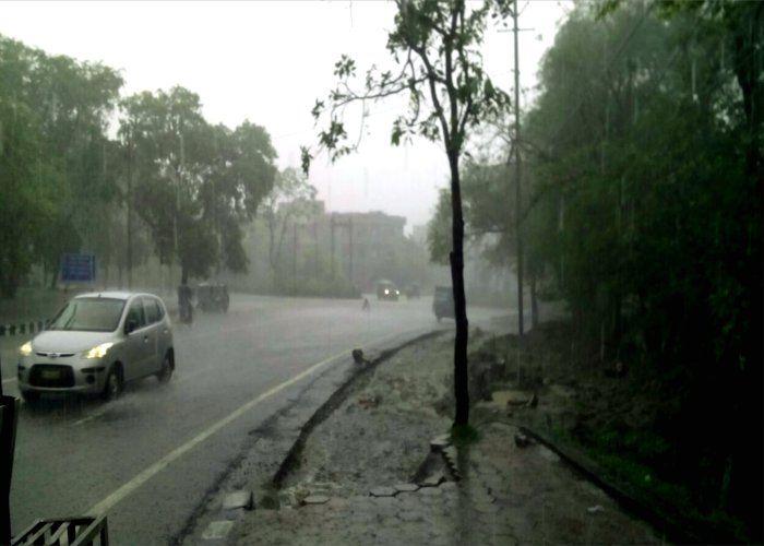 Monsoon : बारिश ने तोड़ा 10 साल का रिकॉर्ड, जारी रहेगाबारिश का ये दौर