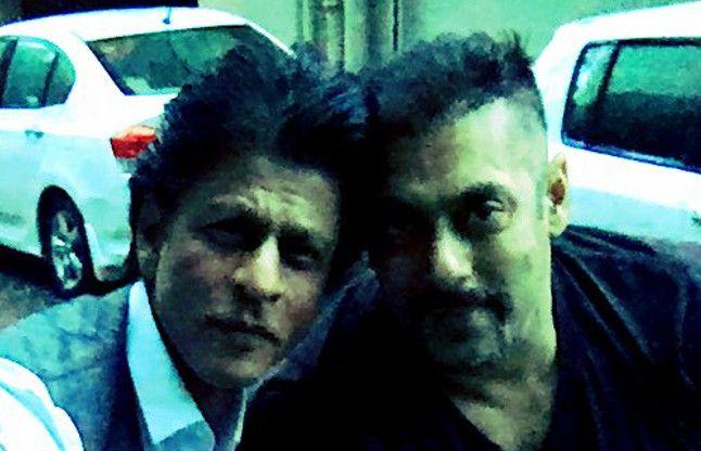 फिर सामने आया शाहरुख-सलमान का 'दोस्ताना' लुक, देखें तस्वीर