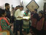 संवासिनियों के इलाज के लिए डीएम राजशेखर ने उठाया कद, संवासिनियों से बात-चीत कर पूछी परेशानी