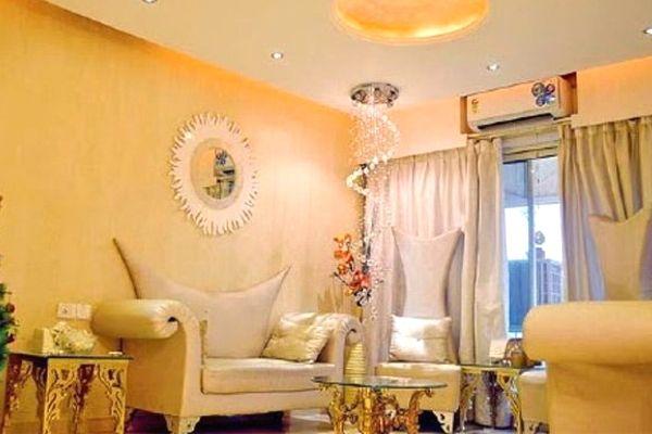 दिव्यांका ने मुंबई में खरीदा थ्री बीएचके घर, देखें INSIDE PICS