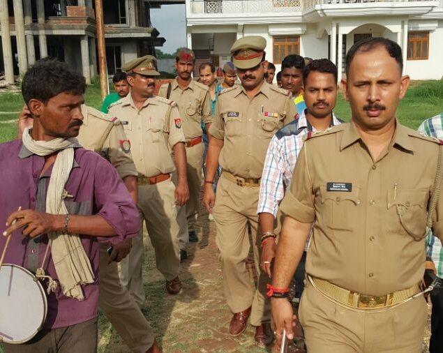 BREAKING NEWS बाहुबली बसपा प्रत्याशी विनीत के घर बजी डुगडुगी