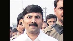 BREAKING NEWS बाहुबली एमएलसी बृजेश अदालत में हाजिर, टली सुनवाई