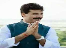 BREAKING NEWS बाहुबली बसपा नेता विनीत सिंह ने रांची में किया सरेंडर