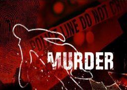 चाकू से गोदकर स्कूल संचालक की हत्या