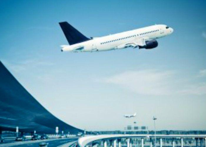 हाई अलर्टः इंडिगो एयरलाइंस के विमान में बम की अफवाह