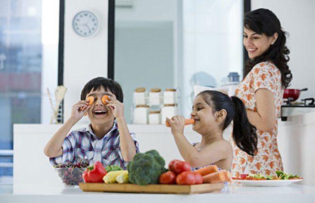 आपके बढ़ते बच्चे के लिए जरूरी हैं ये पोषक तत्व