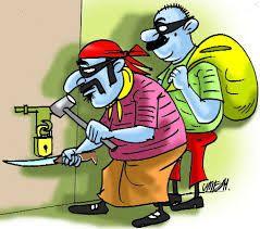 एक ही रात में चार घरों से चोरी, उड़ा लिया लाखों का सामान
