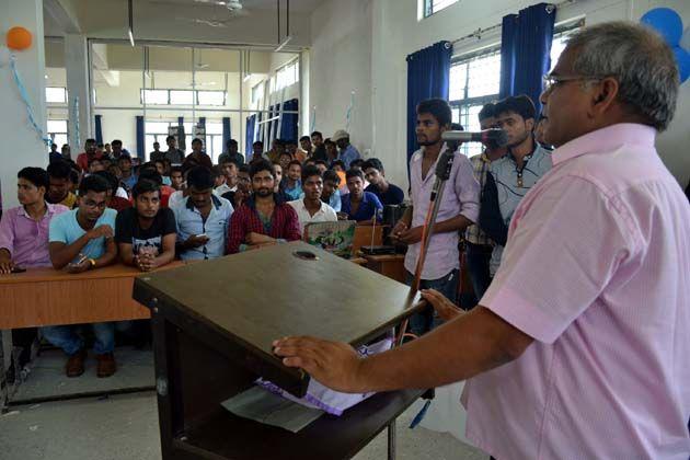 पूविवि में मनाया गया शिक्षक दिवस