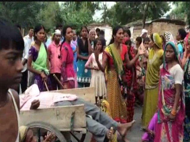 दलित की कुल्हाड़ी से मारकर हत्या, मचा बवाल