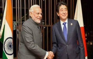 आबे से मिले पीएम मोदी, कहाः भारत-जापान गठजोड़ होगा बेहद कारगर