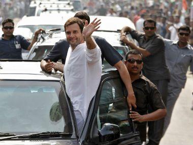 जौनपुर में राहुल गांधी का रोड शो, उत्साह में कांग्रेसी