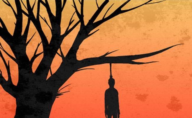 चंदौली में पेड़ से झूलता मिला शव