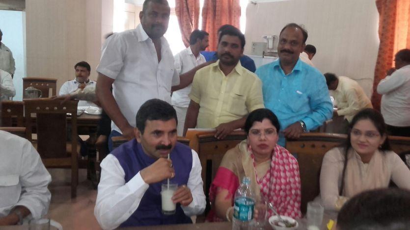 BREAKING बाहुबली बृजेश के परिवार ने भी छोड़ा बसपा का दामन