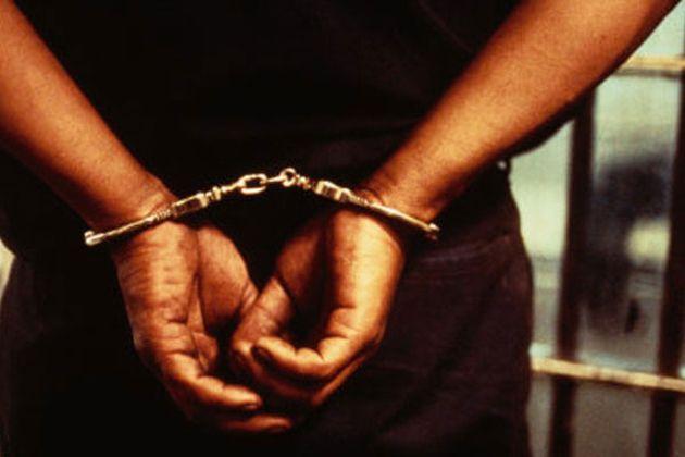जौनपुर में पुलिस की दबिश ,चार संदिग्धो को उठाया