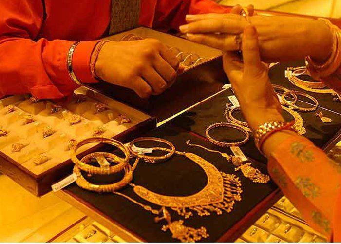 चांदी हुई 250 रुपए महंगी, जानिए सोने के बढ़े दाम