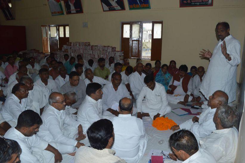 'चुनाव से पहले हथियार डाल चुकी है भाजपा और बसपा'