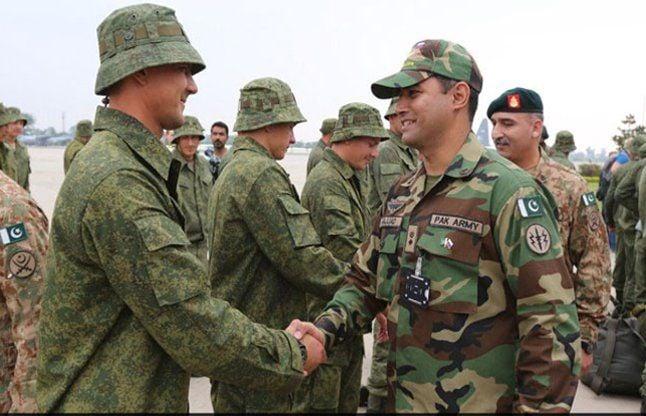 Russian Troops Arrive In Pakistan For First Ever Joint Military Exercises - रूस की सेना संयुक्त सैन्य युद्धाभ्यास के लिए पाक पहुंची | Patrika News