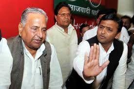 सपा नेता ने अपनी ही सरकार पर उठायी उंगली, बोले- इस नीति से नहीं होगा फायदा