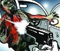 अपराधियों ने दो युवकों को मारी गोली, गोरखपुर रेफर