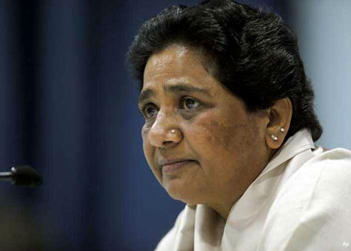 माया ने बदली चुनावी रणनीति, BDM के बल्ले से करेंगी बैटिंग