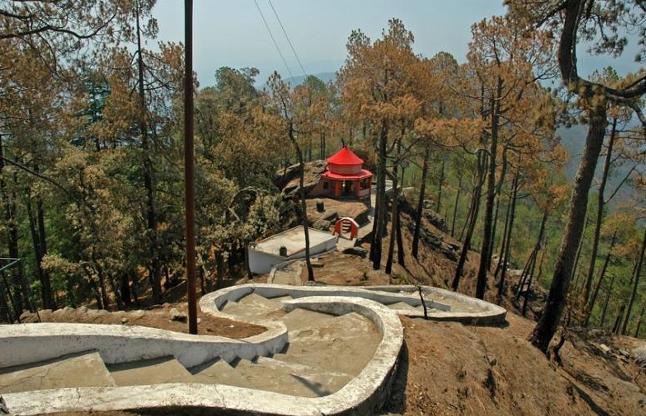 देवी मां के इस रहस्यमयी मंदिर ने उड़ाई दुनियाभर के वैज्ञानिकों की 'नींद'