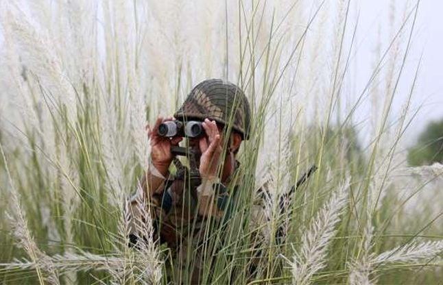 जम्मू हवाईअड्डे के पास संदिग्ध गतिविधियों की सूचना, सेना चौकन्ना