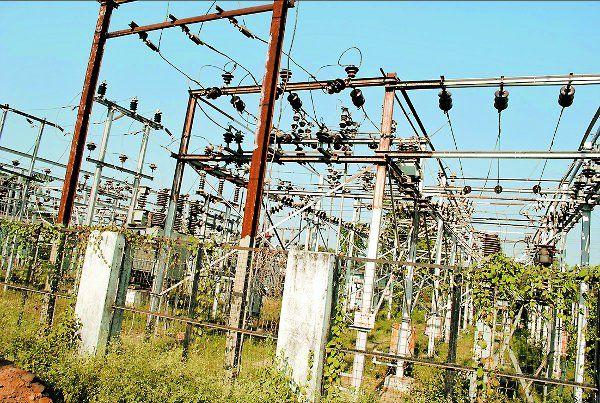 MP : मेंटेनेंस के नाम पर आधे शहर में चार घंटे बिजली कटौती