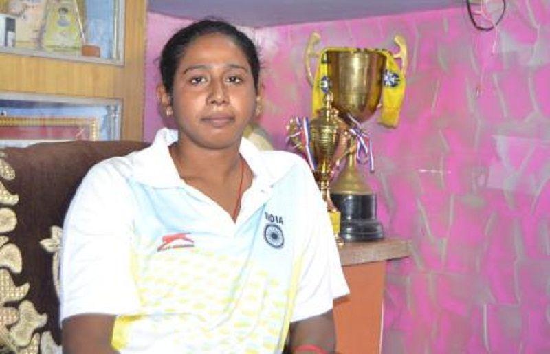 BREAKING: बनारस में अन्तर्राष्ट्रीय फुटबाल खिलाड़ी पूनम चौहान की डेंगू से मौत