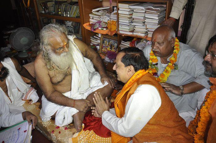 राम जन्म भूमि न्यास अध्यक्ष ने कहा पीएम मोदी जल्द बनवाएंगे अयोध्या में राम मंदिर