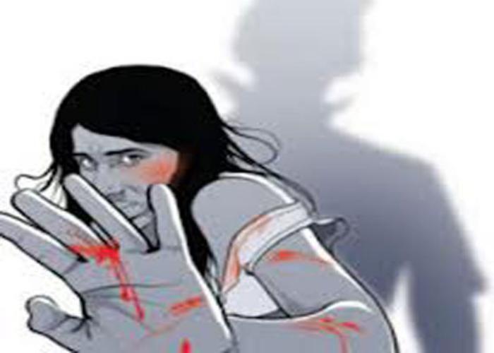 सपा प्रत्याशी पर महिला टीचर से छेड़छाड़ का केस दर्ज