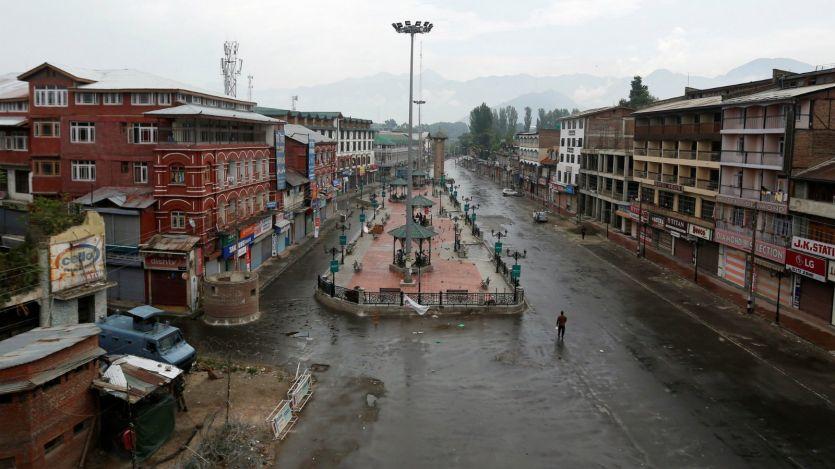 कश्मीर में कफ्र्यू और हिंसक घटनाओं से स्थानीय स्टार्टअप हो रहे बंद