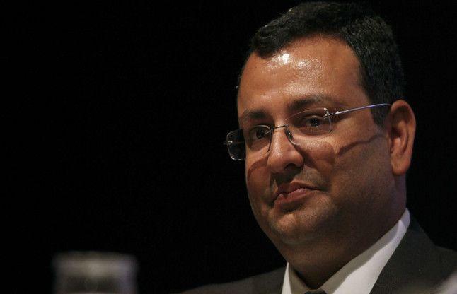 समूह की सभी कंपनियों के चेयरमैन पद से इस्तीफा दें मिस्त्री : टाटा संस